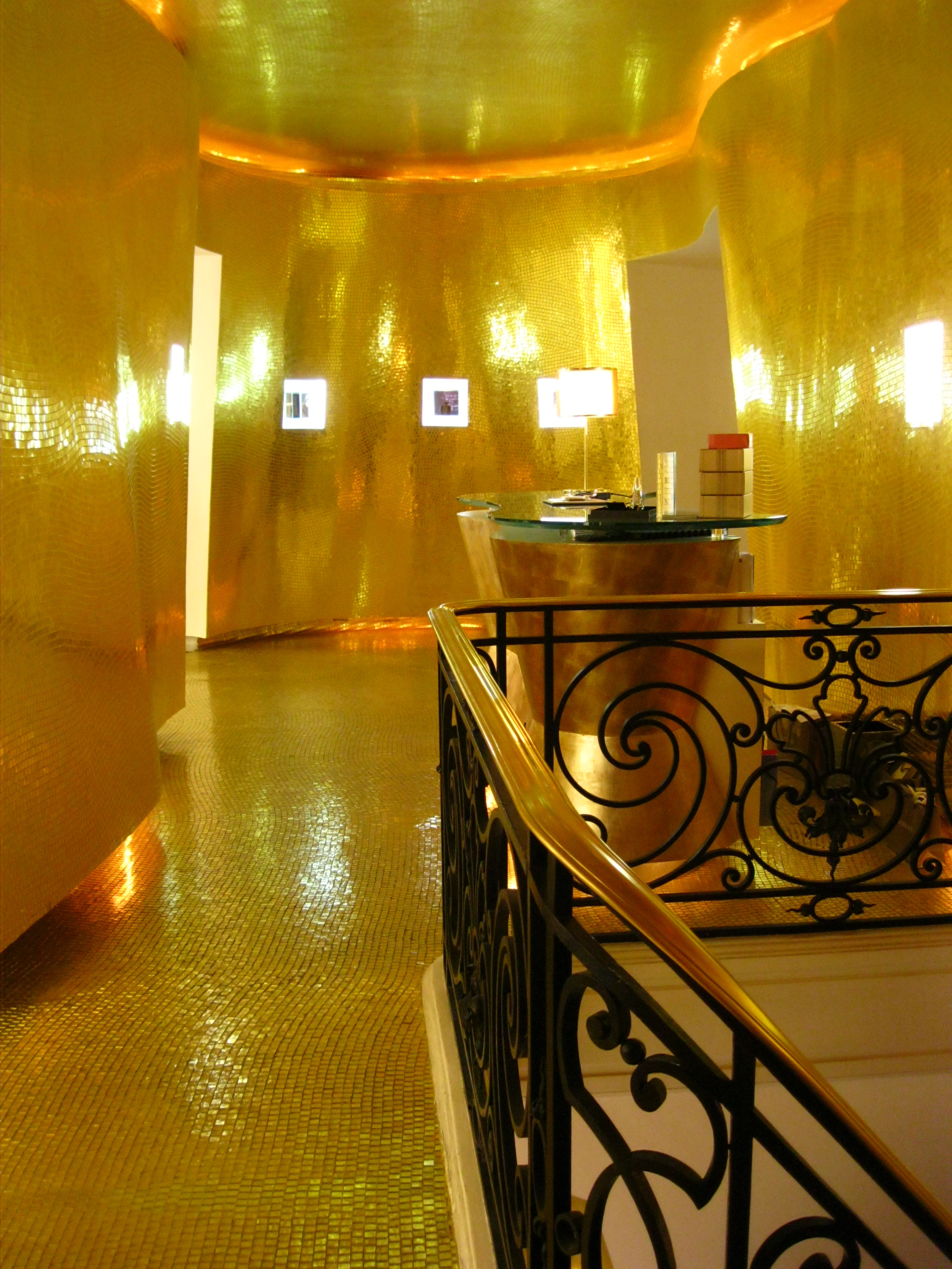 The Guerlain Store And Spa In Paris Perfume And Pampering