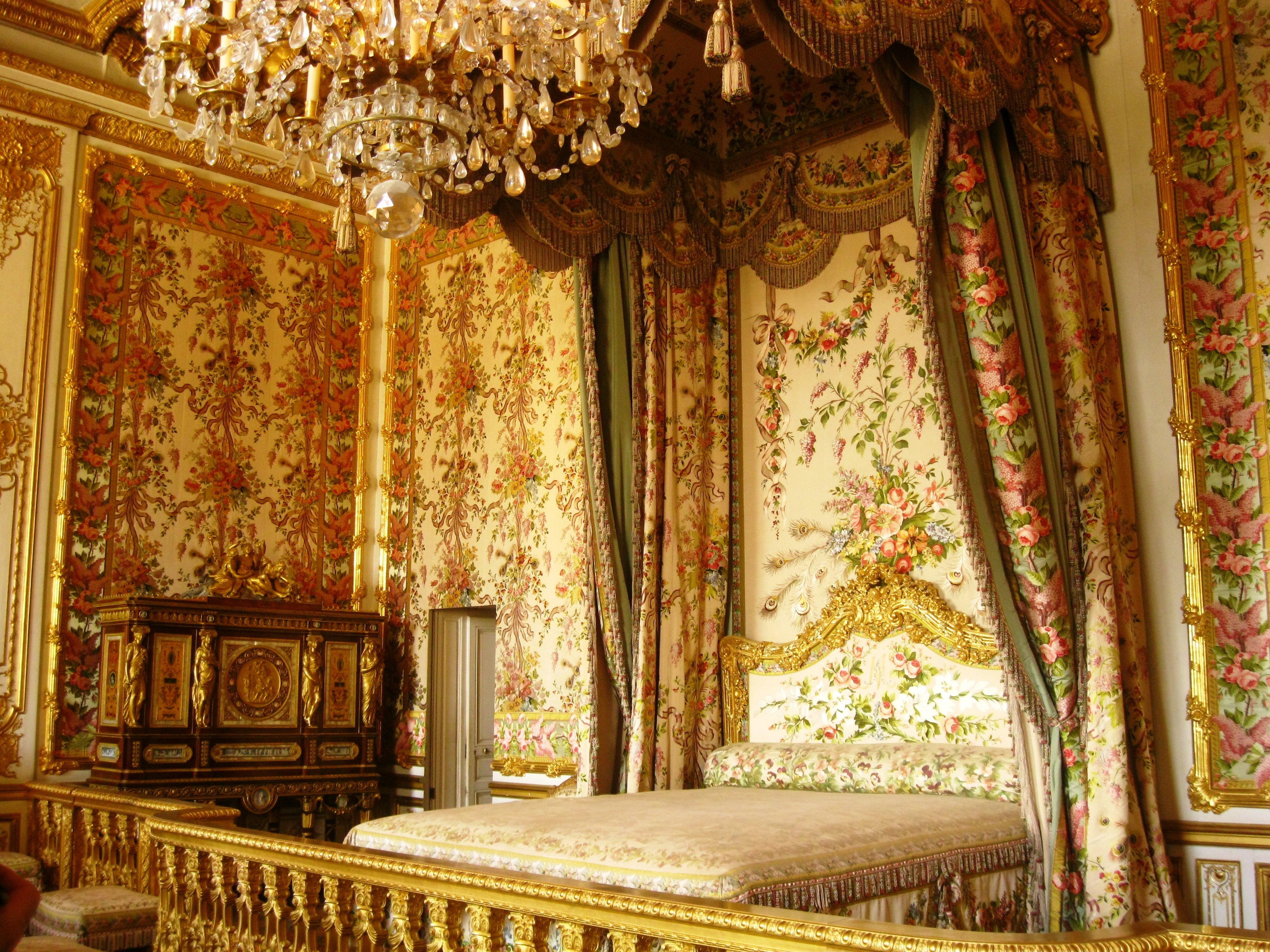 Remarkable The Palace Of Versailles Visiting A Royal Past Ritournelle Interior Design Ideas Apansoteloinfo