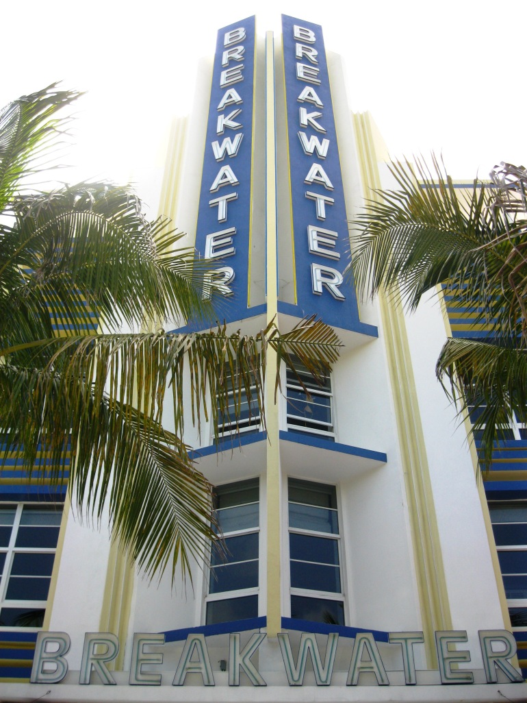 Miami Art Deco Breakwater