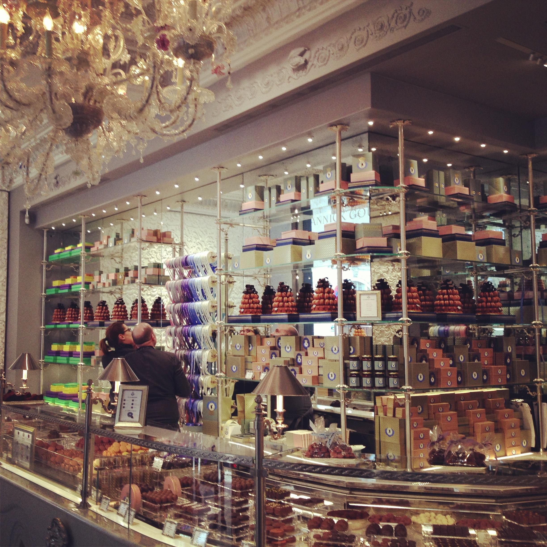 Bien-aimé Les Marquis de Ladurée, Ladurée's new chocolate boutique in Paris  QI01