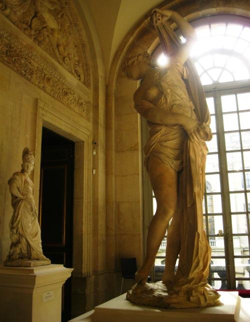 Versailles Antique Chateau 2 statues