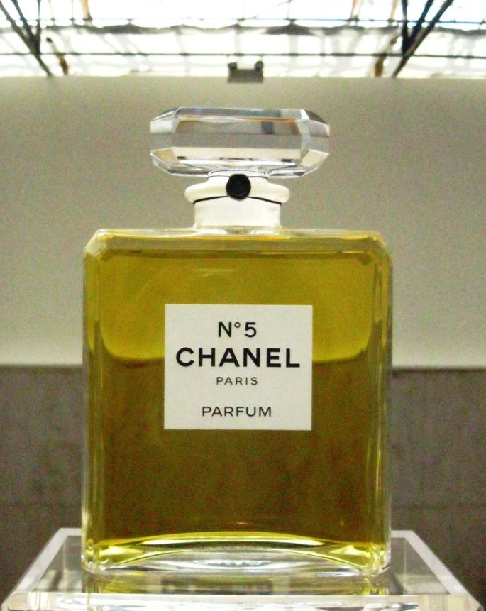 Chanel 5 exhibition Paris