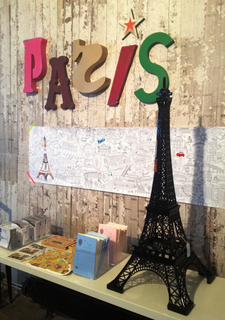 Merci Paris black Eiffel Tower