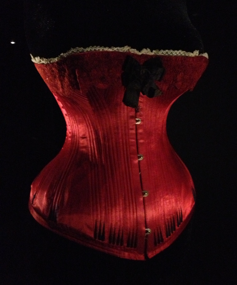 Corset red