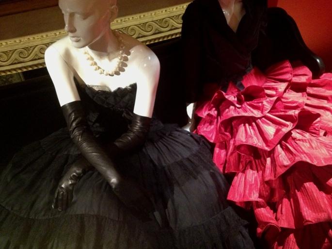 Little Black Dress Chanel Oscar de la Renta