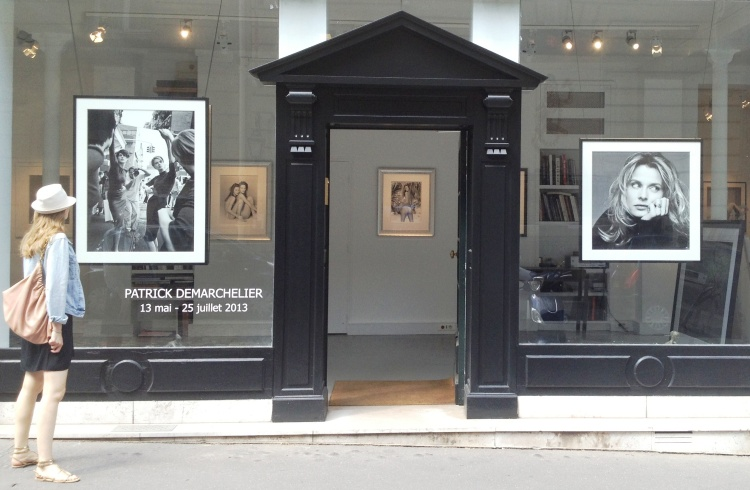Patrick Demarchelier Galerie A outside