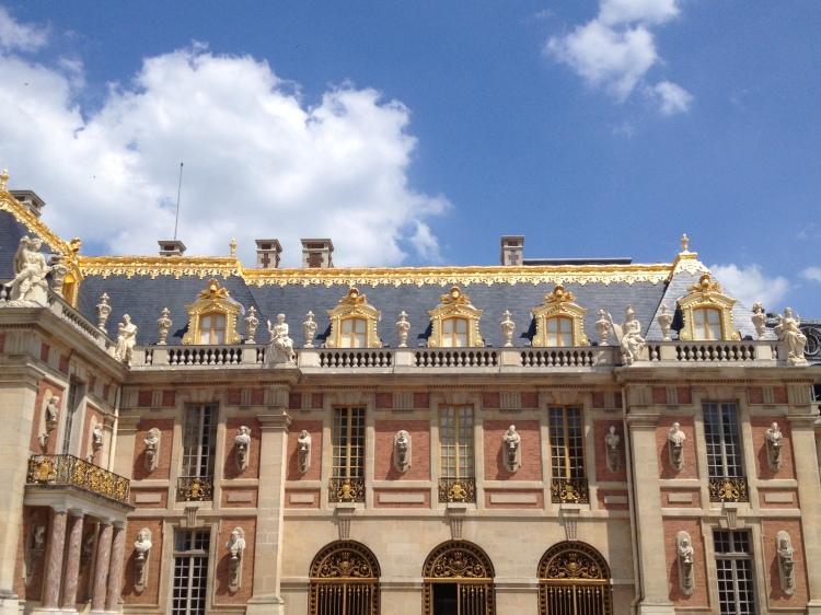 Versailles building 1