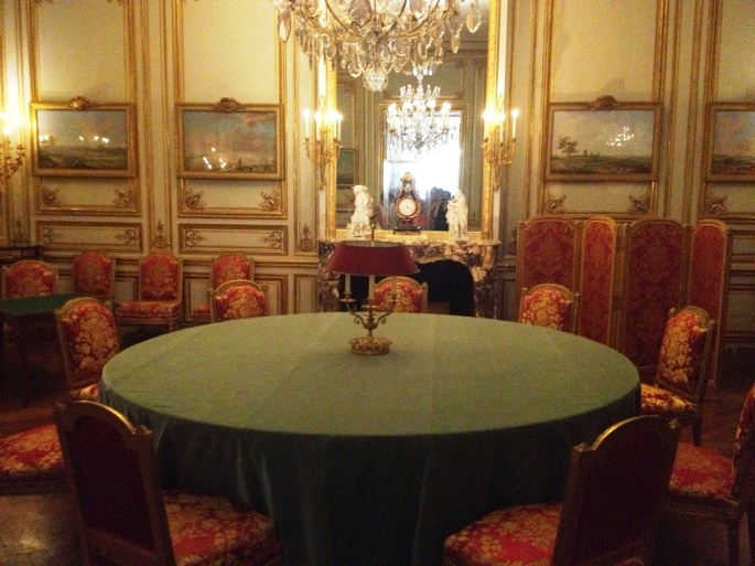Versailles game room