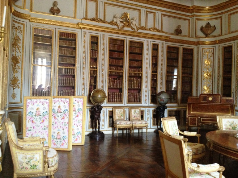 Versailles library