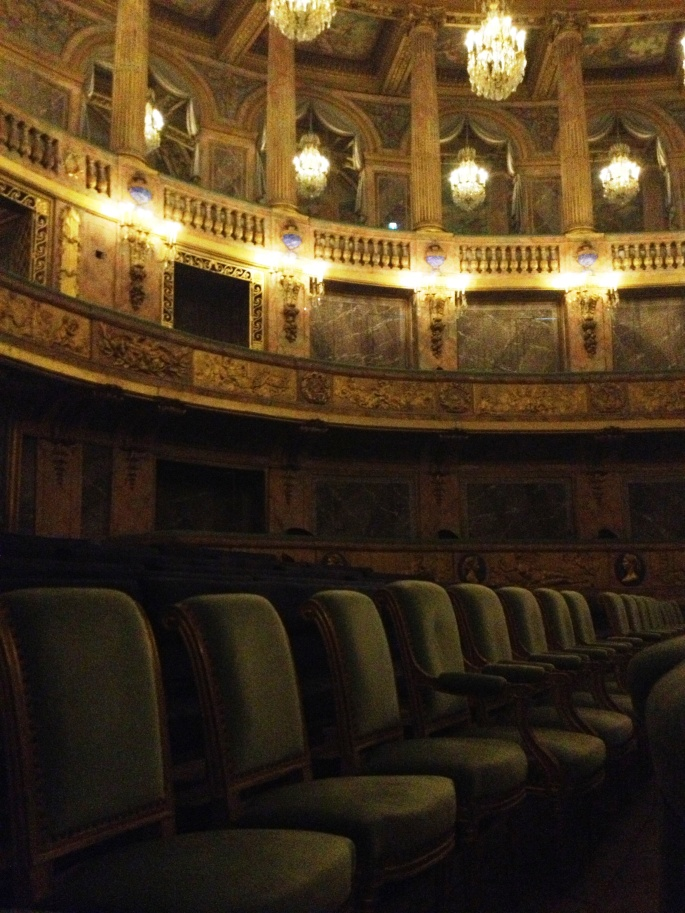 Versailles opera seats