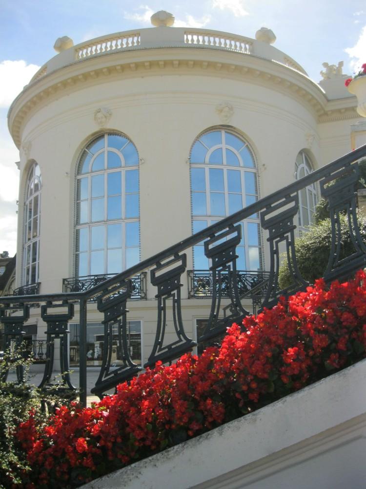 Deauville casino flowers