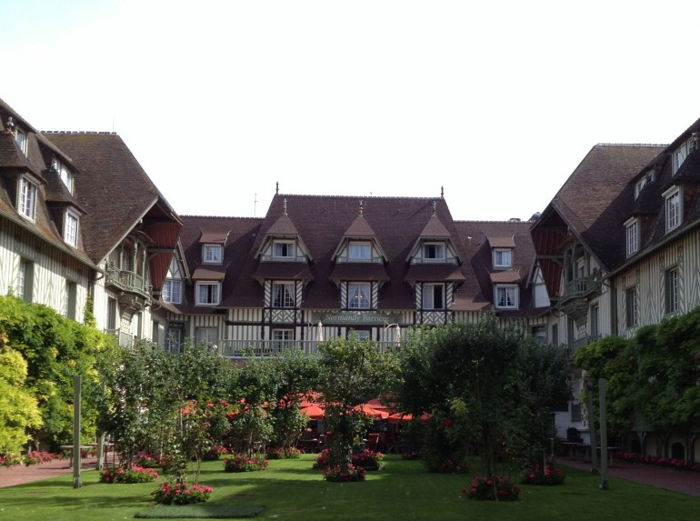 Hotel Normandy Deauville inner courtyard