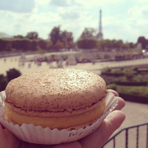 Pierre Herme macaron Eiffel Tower