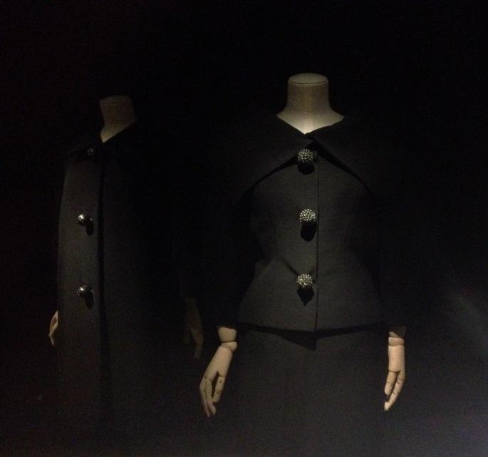 Bouton Arts Décos Balenciaga