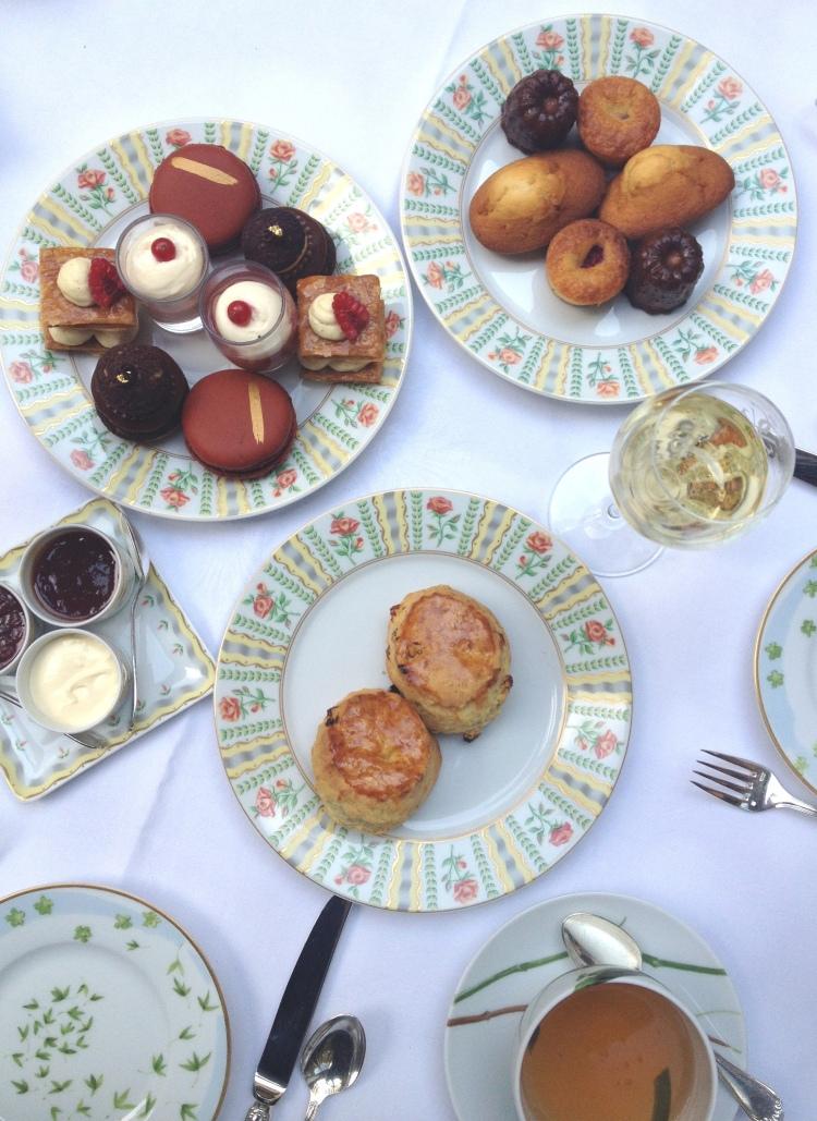 Four Seasons George V Afternoon Tea desserts