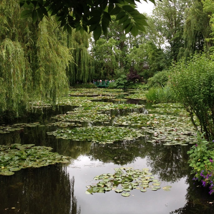 Giverny Claude Monet garden 20 water lily