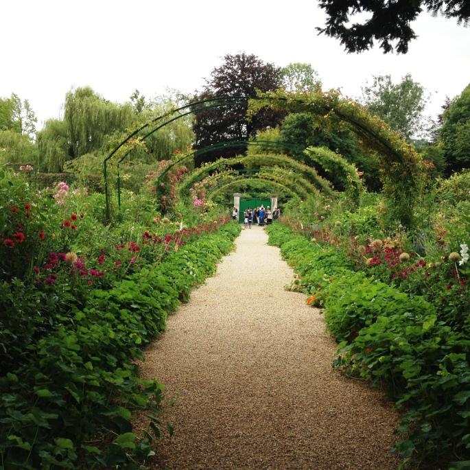 Giverny Claude Monet garden 9 alley