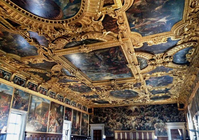 Palazzo Ducale room
