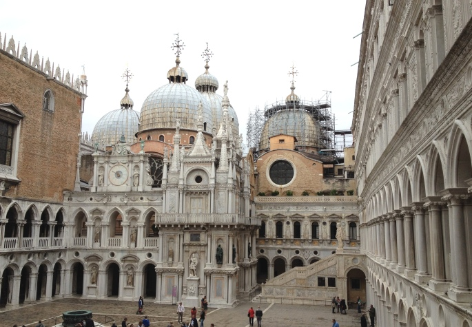 Venice Palazzo Ducale courtyard 2